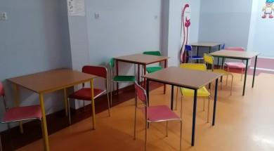 stoly-krzesla-pediatria-2-990x800
